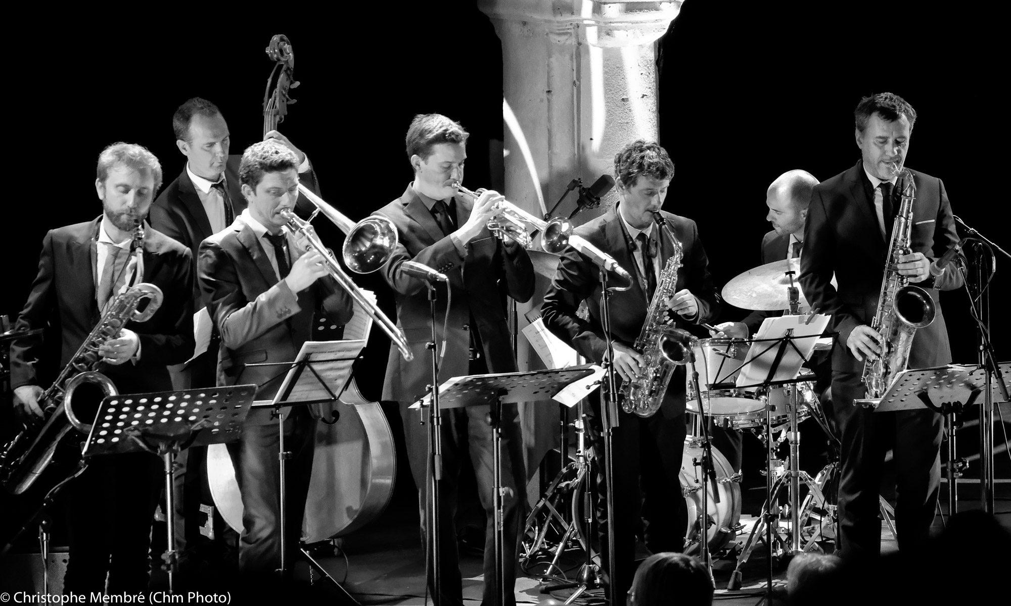 Jazz    CHM     Photo